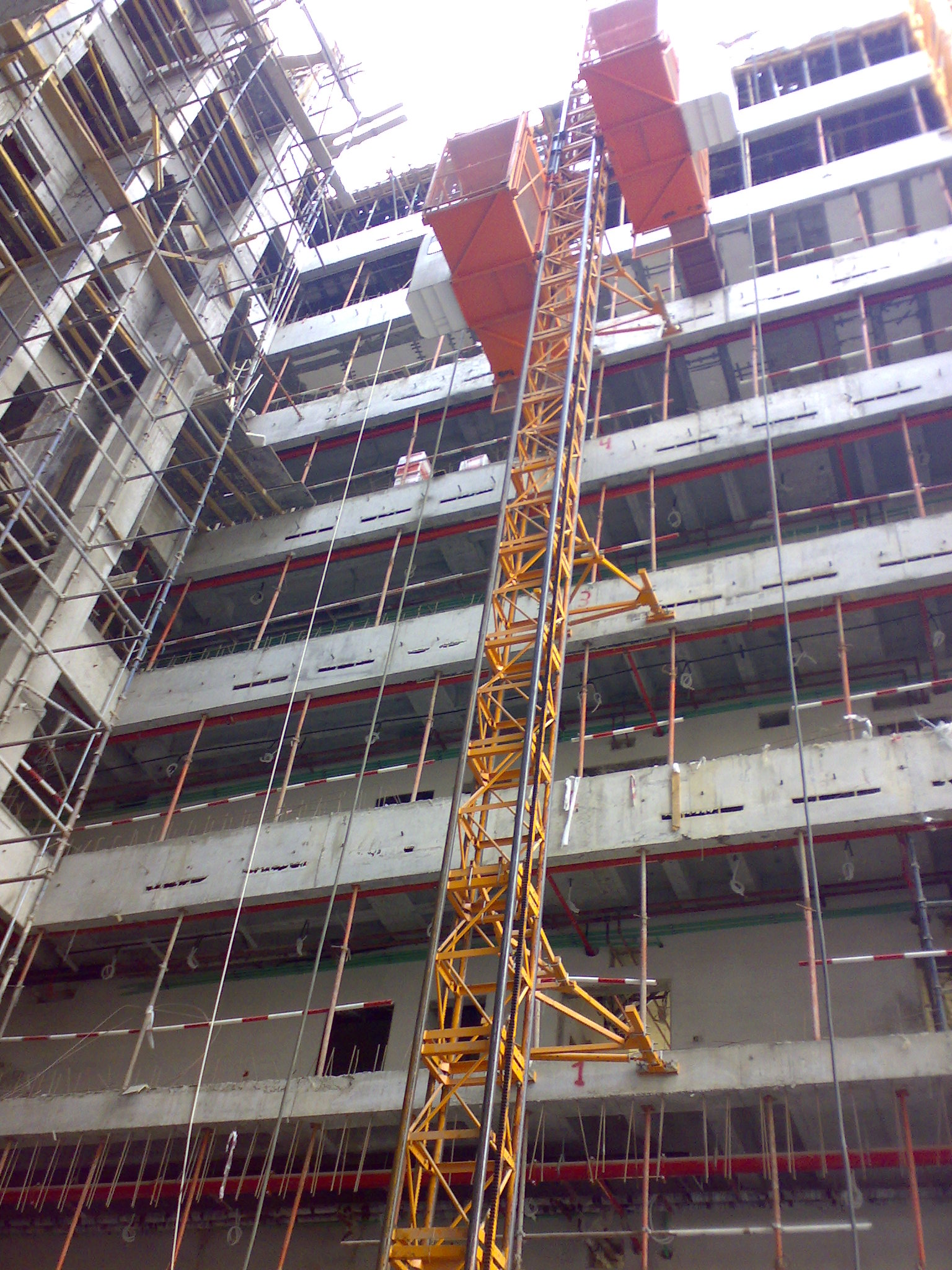 Industrial Lift Construction Site Elevator VFD Cage Goods Building