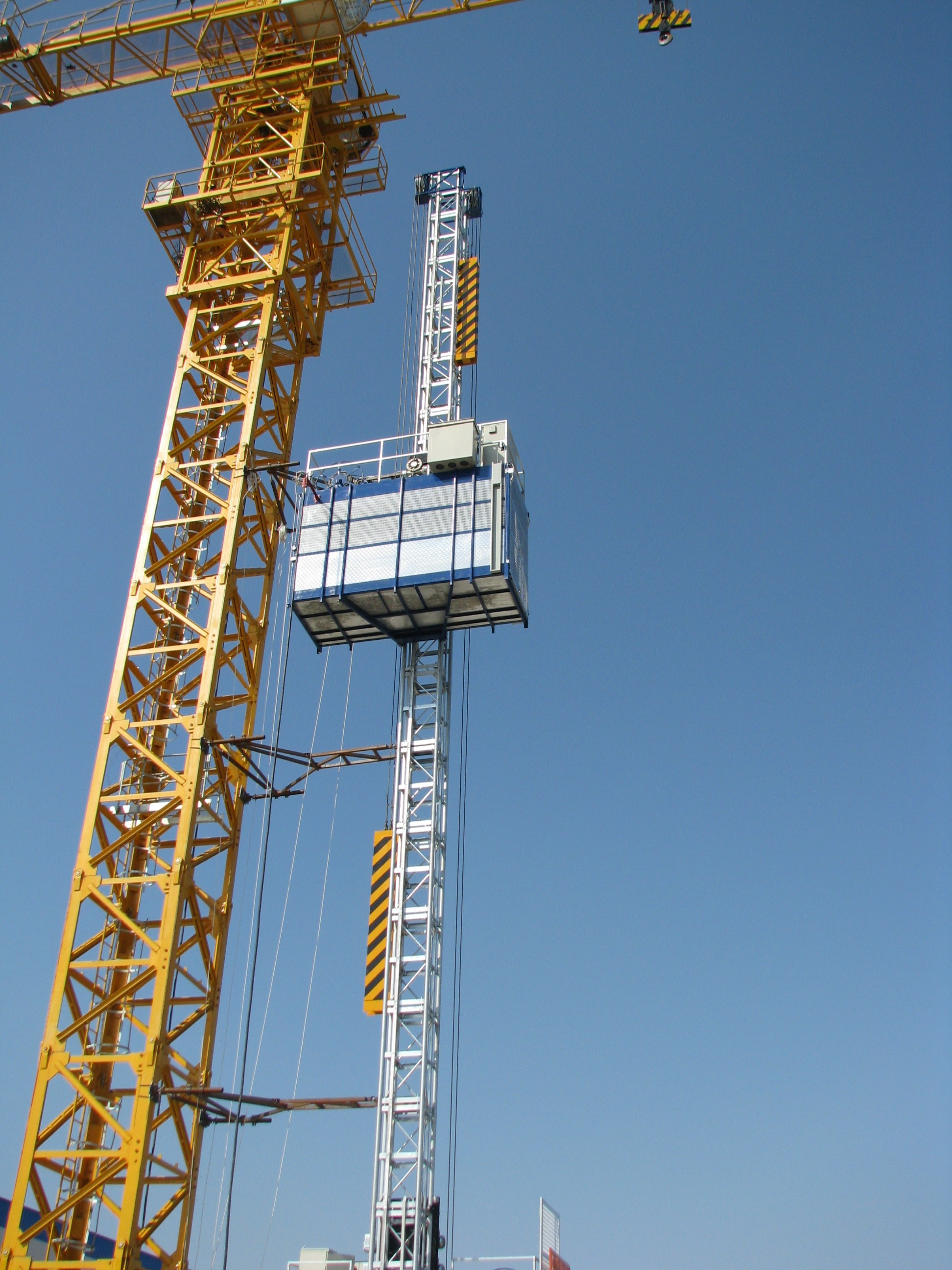 Goods Construction Hoist Elevator for Building , Scaffold Hoists